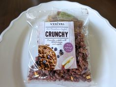 Fancy a little snack? With bilberry, apple and lots of crunch? There you go!