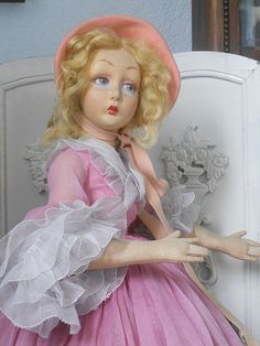 ~~~ Rare Italian Felt Lady Doll by Lenci with Beautiful Pink Costume ~~~