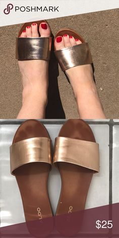 fdb6a22add9 ALDO metallic slide sandals size 8 Slide easy on and off