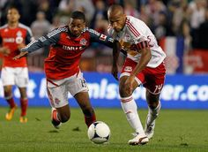 Thierry Henry records goal, three assists in victory over TFC. Toronto Fc, Toronto Star, Soccer Fans, Red Bull, Thierry Henry, Football, York, Baseball Cards, Fall
