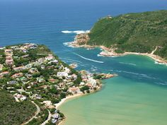 Knysna Heads - I love the Garden Route. Knysna, Kwazulu Natal, Countries Of The World, Bed And Breakfast, Beautiful Gardens, Places To See, South Africa, Explore, Water