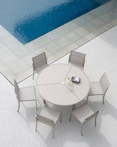 NEW O Zon Table by Royal Botania / #outdoor #design www.royalbotania.com
