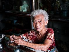 Old chinese woman in Georg Town, Penang. UNESCO World Heritage Sites. © Jørgen Flemming.