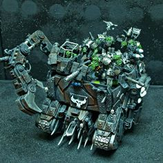 Warhammer 40k | Orks | Custom Wagon #warhammer #40k #wh #wh40k #warhammer40k #40000 #wh40000 #gamesworkshop #wellofeternity #miniatures #wargaming #hobby