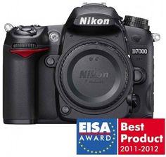 Promotie Aparat Foto DSLR Nikon D7000 cu Obiectiv 18-55 mm VR