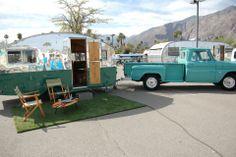 Sweet truck and camper. Vintage Rv, Vintage Caravans, Vintage Travel Trailers, Vintage Trucks, Vintage Vans, Old Campers, Retro Campers, Camper Trailers, Vintage Campers