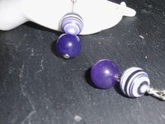 Ein romantisch / verspieltes paar Ohrhänger.  Die Perlen  sind ausschließlich von Hand bearbeitet.  http://de.dawanda.com/product/34720977-925-Silber-Ohrhaenger-Rainbow-Jaspis-lila-Jade Einige Info´s zum Regenbogen Jaspis: Er sol...