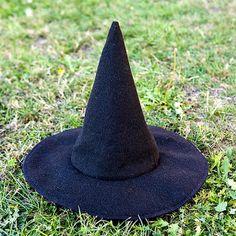 PurePixie, the blog: DIY: Eco Friendly Halloween Witch Hat for Kids Tuto: Chapeau de Sorcier Ecologique pour Enfants