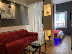 Located a walk from Place d'Italie and mi from Montsouris Park, Hôtel Ambre is a modern, elegant hotel which provides self-catering rooms and. Continental Breakfast, Palais Royal, Metro Station, French Pastries, Juices, Paris France, Beautiful Places, Rooms, Modern