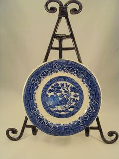 A vintage blue and white Willow Pattern bowl or just to be displayed. Very collectible Ideal for salad or fruit c1940