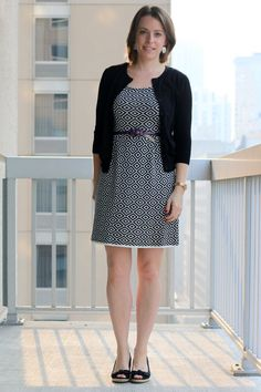 FashionablyEmployed.com | Black and white dress with black cardigan, purple knotted belt, black wedges | working mom style and lifestyle blog, work outfit, business casual, office style ++++++  много луков с кардиганами
