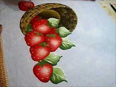 PINTURA EM TECIDO - VÍDEO AULA PINTANDO MORANGOS - how to paint strawberries