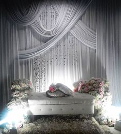 """Pelamin tunang amira di shah alam Pelamin mini tunang/ nikah/sanding Pelamin 10ft rm299 *tak masuk transport caj  @aydahoney_bridalicious 0173858449(liza)  Tq team @mynameleez @zowlzaylee  #pelamintunang #pelaminbajet #pelaminberendoi  #makeupsanding #bajupengantin #pelamindewan #pelaminkhemah #makeupnikah #weddingevent #weddingdress #songketdress #pekejkahwinbajet #pekejsanding #photography #photographer #pelaminbyAydahoney #weddingphotography #weddingArt #malaywedding #mua #makeupartist…"