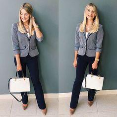 WEBSTA @ saintevanite - Look do dia no estilo navy ⚓️⚓️ Blazer listrado e calça azul marinho social @lojasrenner • Scarpin nude @arezzo • Bolsa @corellooficial || Gostaram? 💙 #looksaintevanite #estilonavy #blazerlistrado #listras #azulmarinho #navy #lookdetrabalho #lindanotrabalho #notrabalho #minspira #lookdodia #outfit #looksocial