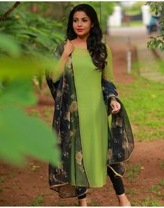 Order contact my WhatsApp number 7874133176 Silk Kurti Designs, Kurta Designs Women, Salwar Designs, Kurti Designs Party Wear, Indian Fashion Dresses, Indian Gowns Dresses, Dress Indian Style, Dress Neck Designs, Blouse Designs