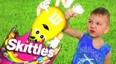"BAD BABY ГИГАНТСКИЙ СКИТЛС И M&M'S Bad Baby Giant Candies Skittles M&M'S http://video-kid.com/21146-bad-baby-gigantskii-skitls-i-m-m-s-bad-baby-giant-candies-skittles-m-m-s.html  BAD BABY ГИГАНТСКИЙ СКИТЛС И M&M'S Bad Baby Giant Candies Skittles M&M'S ROMA TIME - ▲Подписывайся на мой канал ROMA TIME: ▲Смотри еще больше видео здесь: ▲Спасибо за просмотр▼▲Thanks for watching▼Композиция ""Heartbreaking"" принадлежит исполнителю Kevin MacLeod. Лицензия: Creative Commons Attribution…"