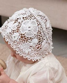 The story of Irish crochet lace is well known. Its popularity in the saved the lives of Irish families devastated by the drought. Russian Crochet, Form Crochet, Filet Crochet, Crochet Motif, Crochet Baby, Knit Crochet, Crocheted Lace, Irish Crochet Patterns, Crochet Ideas