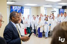 en Carson toured the Liberty University College of Osteopathic Medicine and gave students words of encouragement