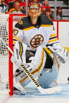 Photo galleries featuring the best action shots from NHL game action. Hockey Goalie, Field Hockey, Hockey Players, Ice Hockey, Boston Bruins Goalies, Boston Bruins Logo, Nhl Logos, Goalie Mask, Nhl Games