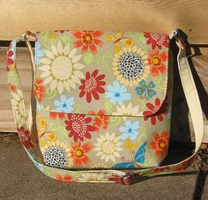 Love these hand made bags. (bags by rosalie)