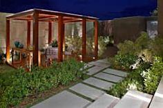 Precisa de ideias para renovar o seu terraço? Que tal construir um pergolado? https://www.homify.com.br/livros_de_ideias/1691336