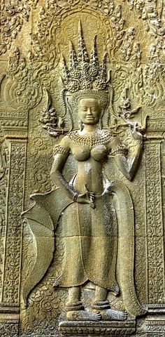 The Hindu temple of Angkor Wat enshrines nearly 2000 portraits of ancient Khmer women documented here in the Angkor Wat Devata Inventory. Malayan Emergency, Angkor Wat Cambodia, Love Destiny, God Pictures, Ancient Civilizations, Asia Travel, Prehistoric, Vietnam, Buddha