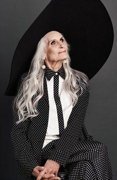 """ calls photographer Gary Heery to model Daphne Selfe. Mature Fashion, Grey Fashion, Fashion Design, Daphne Selfe, Stylish Older Women, Lab, Older Beauty, Long Gray Hair, Glamour Photography"