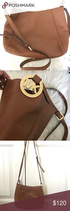 Authentic MK crossbody bag In perfect condition. Trying to clean out my closet bundle for more discount. Michael Kors Bags Crossbody Bags