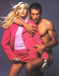 Nadja Auermann by Richard Avedon for Versace F/W 1994 Atelier Versace, Gianni Versace, Versace Versace, Diana, Hypebeast Women, Nadja Auermann, Vintage Versace, Richard Avedon, Fashion Photo
