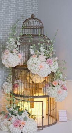 9db6889a36f526e2147cbce9b7c82ae4.jpg 389×722 píxeles...jaulas con flores y velas