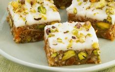 Italian panforte with pistachios Greek Desserts, Greek Recipes, Mousse, Tasty Videos, Cheesecake Brownies, Pudding, Nutella, Creme, Food Processor Recipes