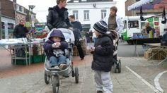 Chasse aux œufs du marché de plein air de Thumesnil en Nord 5 avril 2012