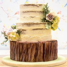 #naked #cake #rustic #woodland #bark #mould #karendaviessugarcraft