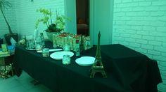 Airhostess Paris candy bar Bridal Shower, Table Settings, Candy, Paris, Shower Party, Montmartre Paris, Bridal Showers, Place Settings, Paris France