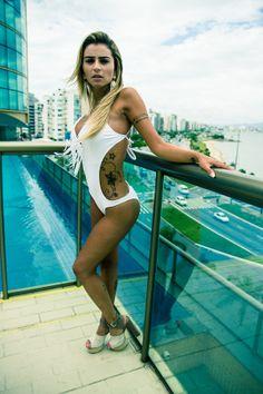 Modelo: Junia Cabral by Amauri Nehn on 500px