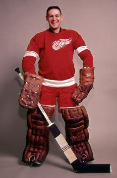 The Detroit Red Wings are one of the most loved franchises in the NHL . Their fan base spreads far beyond Detroit or even Michigan. A look into the stands on any road trip will find many fans wearing he winged wheel. Hockey Goalie, Hockey Teams, Hockey Players, Goalie Gear, Hockey Room, Montreal Canadiens, Hockey Pictures, Red Wings Hockey, Detroit History