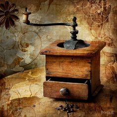 coffee grinder, this would be a great image for a card for my DDIL, she loves old coffee grinders Café Vintage, Vintage Coffee, Vintage Antiques, Coffee Beans, Coffee Cups, Coffee Coffee, Coffee Maker, Coffee Music, Ninja Coffee
