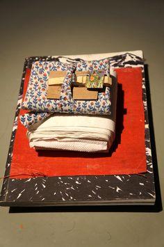 """Objetos nómadas"" Elena Aitzkoa ""Generación 2015"". Casa Encendida de Madrid. . #ArteContemporáneo #ContemporaryArt #Art #Arte #Arterecord 2015 https://twitter.com/arterecord"
