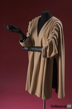 1950 - Cristobal Balenciaga Coat . Beige wool duvetyn. Gift of Doris Duke. ©2010 Fashion Institute of Technology
