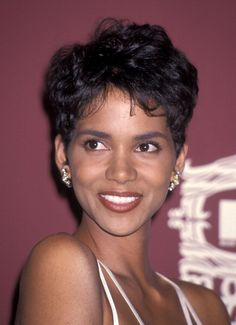 Halle berry boomerang retro but cute haircuts i want actress halle berry attends the third annual mtv movie awards on june 4 1994 at sony winobraniefo Image collections