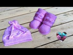 Boots style Uggs tricot bébé / Uggs baby boots knit (english sub… - Accessoire Baby Knitting Patterns, Baby Patterns, Free Knitting, Bonnet Crochet, Crochet Baby, Knit Crochet, Little Boy And Girl, Boy Or Girl, Lidia Crochet Tricot