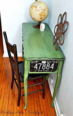 Idea- license plate on drawer fronts. Hometalk :: Vintage Green Desk Makeover Love the license plate on the end Repurposed Furniture, Vintage Furniture, Cool Furniture, Painted Furniture, Furniture Logo, House Furniture, Handmade Furniture, Rustic Furniture, Furniture Design