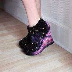 Fashion Galaxy Wedge Galaxy Shoes for Chic Girls Galaxy Outfit, Galaxy Shoes, Pretty Shoes, Cute Shoes, Me Too Shoes, Ugly Shoes, Awesome Shoes, Kawaii Shoes, Kawaii Clothes
