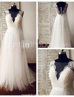 Linha A Vestido de Noiva - Glamouroso e Dramático Transparências Cauda Escova Decote V Renda / Tule com Botão / Renda de 2017 por R$473.17