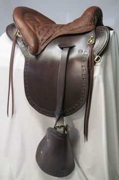 Hillcrest Saddlery Saddle  this is my fave saddle i ride everyday on my fave horse Saffire