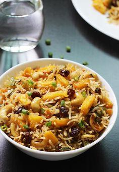 pineapple fried rice recipe | vegetarian thai pineapple fried rice recipe