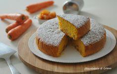 Torta alle carote e albicocche secche