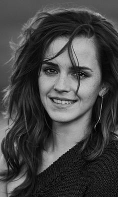 Download 480x800 wallpaper Smile, Emma Watson, monochrome, Nokia X, X2, XL, 520, 620, 820, Samsung Galaxy Star, Ace, ASUS Zenfone 4, 480x800 hd image, background, 10256