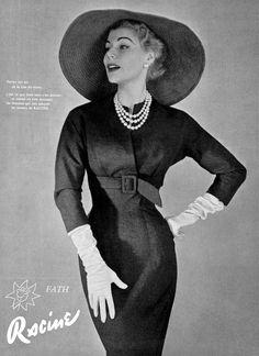 Stella in slim jersey sheath by Jacques Fath, photo by Pottier, 1954