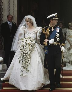 Princess Diana marries Prince Charles wearing a David and Elizabeth Emanuel gown